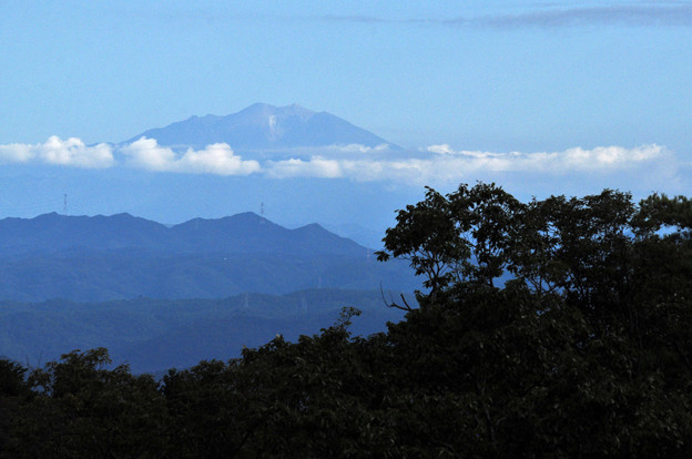 今朝の御岳 噴火後4年
