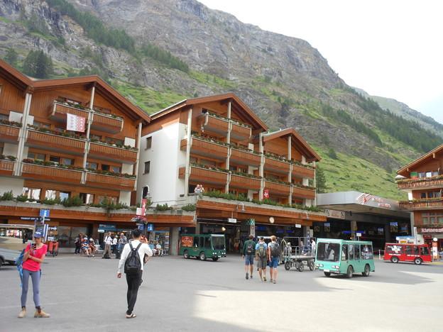 スイス・ツエルマット駅前
