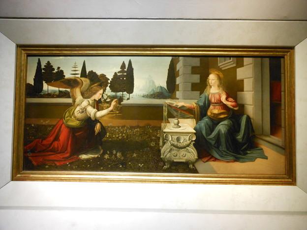 イタリア フィレンツェ ウッフィツィ美術館*レオナルド・ダ・ヴィンチ・・受胎告知1