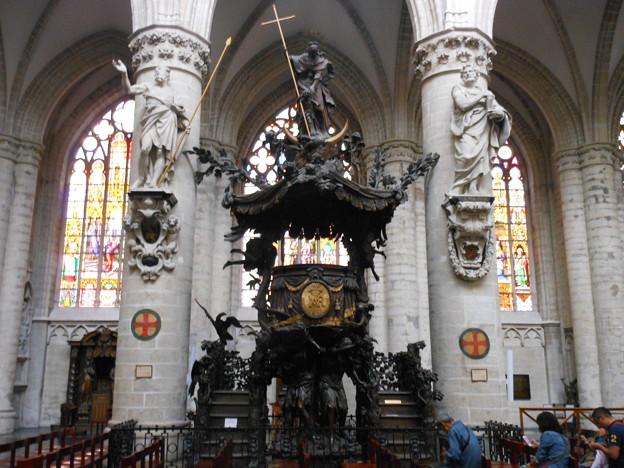 ブリュッセル*サンミッシェル大聖堂3