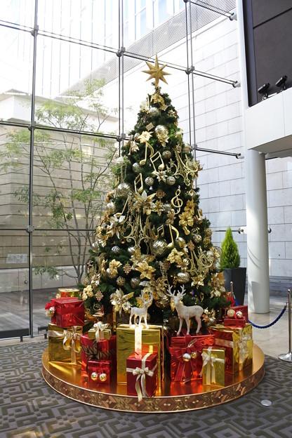 赤坂・赤坂Bizタワーのクリスマスツリー