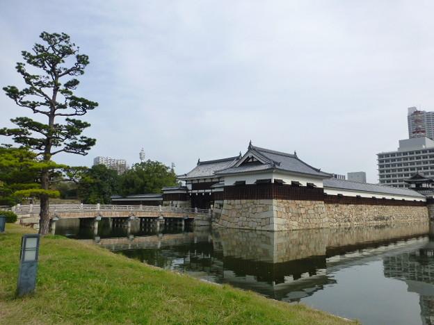 Photos: 広島城跡