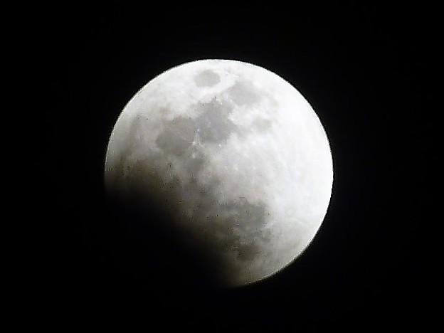 皆既月食の移り変わり