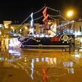 写真: マリンピア神戸 船の広場
