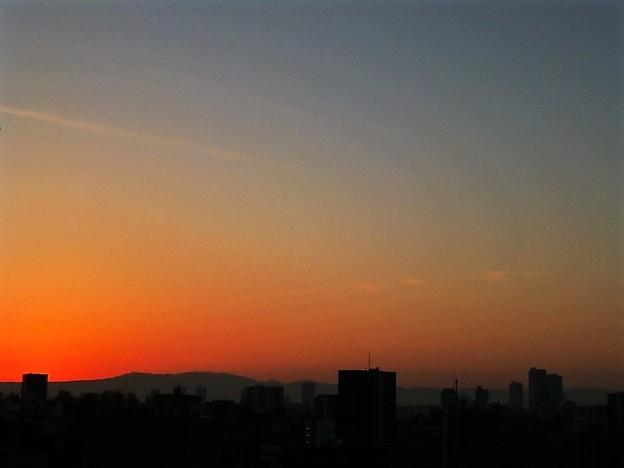 Photos: 大阪の朝焼け