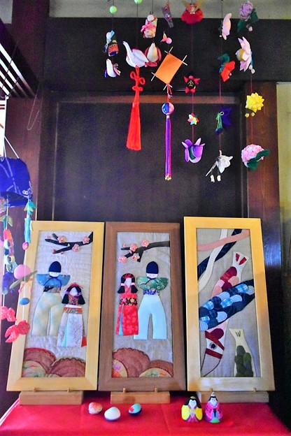 写真: 外村繁邸の展示物
