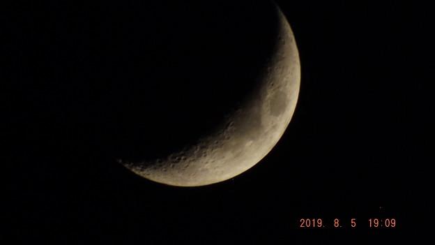 2019/08/05(月)のお月様