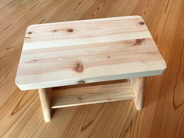 Photos: ヒノキのお風呂の椅子