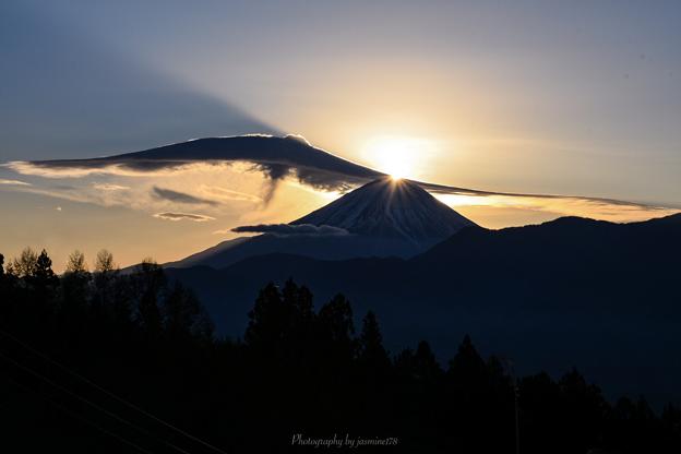 天使の羽根のダイヤモンド富士