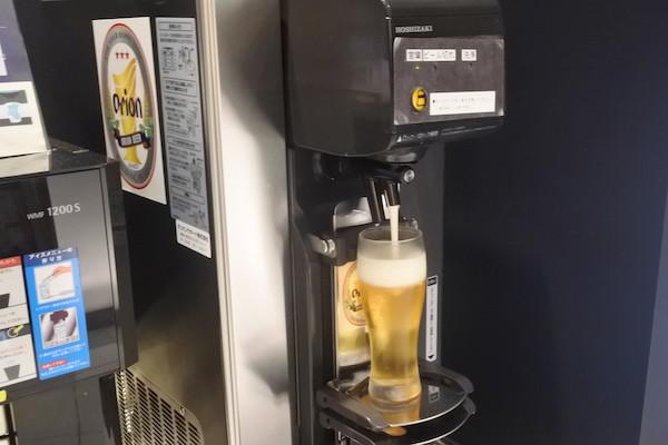 オリオンビールのサーバーの写真が撮りたくて1杯だけ飲みました。
