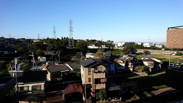 写真: 山中の街