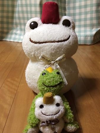 雪カエルだるま