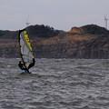 写真: 風をつかむ