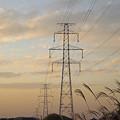 写真: 夕焼けの鉄塔