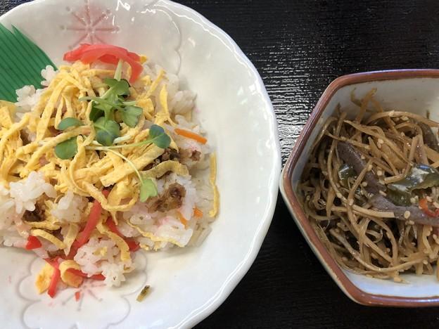 2019.8.12 熊の川温泉 チドリの湯 散らし寿司と金平
