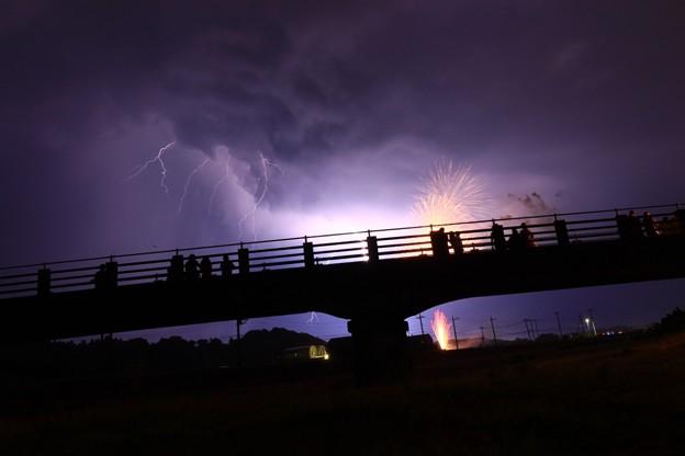 Photos: 十王まつり 花火と雷の競演