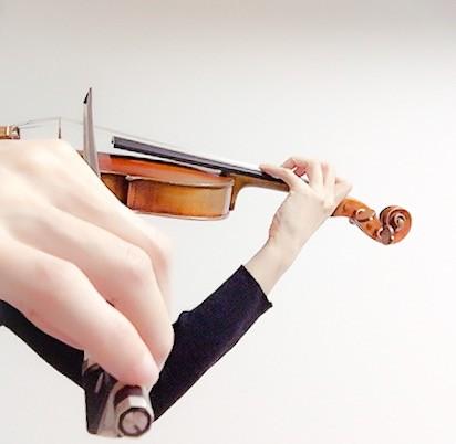 中野・江古田 バイオリン 個人レッスン ヴィオラ 吉瀬弥恵子 ワイズ音楽教室 弓先での右手の小指