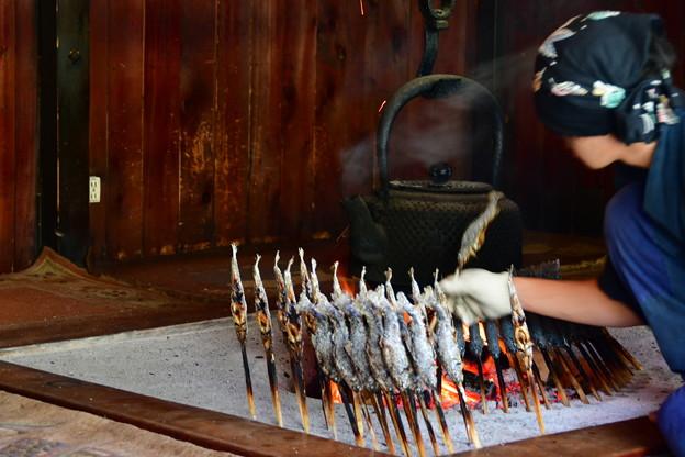 写真: 囲炉裏焼き
