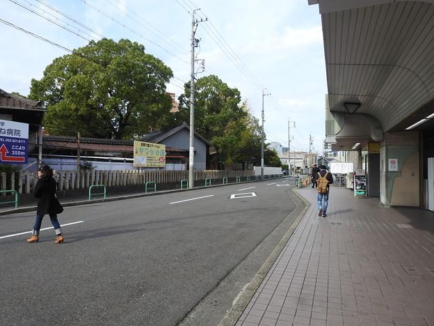 尾頭橋駅/駅前