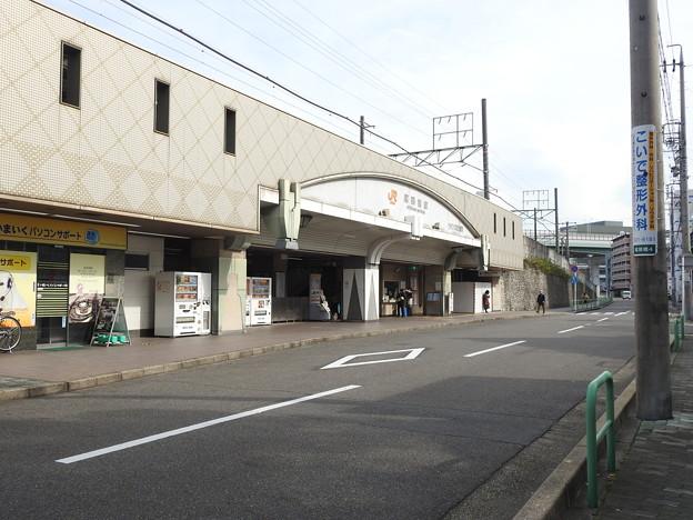 尾頭橋駅/駅舎正面