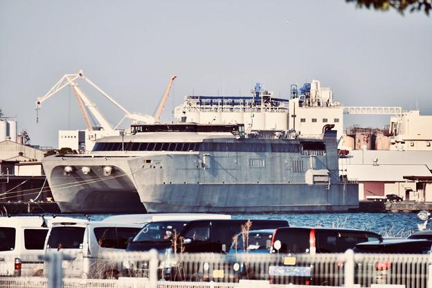 米軍施設横浜ノースドック瑞穂埠頭 高速輸送艦グアム(2) 20180304 ...
